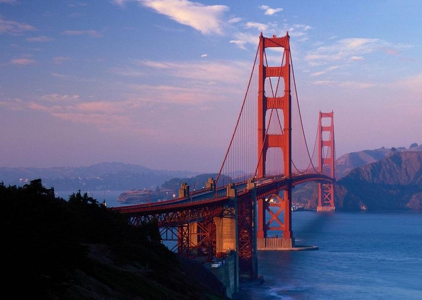 Узнаваемый мост — мост золотые ворота