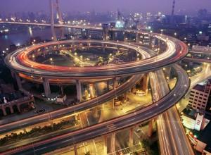 Спиралевидная развязка в Шанхае