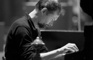 Итальянский  пианист  Энрико Паче