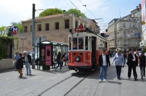 Трамвай от Туннеля до Таксим
