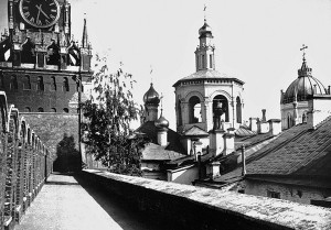 Вознесенский монастырь находился в Московском Кремле возле Спасской башни. Он почти вплотную примыкал к кремлевской стене