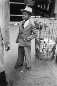 Рут Оркин. Уставший мальчик после циркового представления на Медисон-сквер-гарден, Нью-Йорк