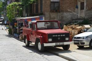 Старый автомобиль в Стамбуле
