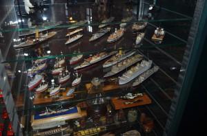 Коллекция моделей кораблей
