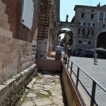 Древняя римская дорога в городе Верона
